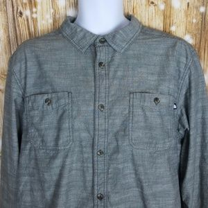 The North Face mens XLarge button up outdoor shirt